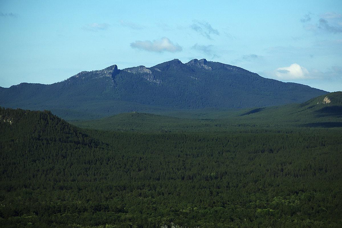 фото горы сестры с самолета видел
