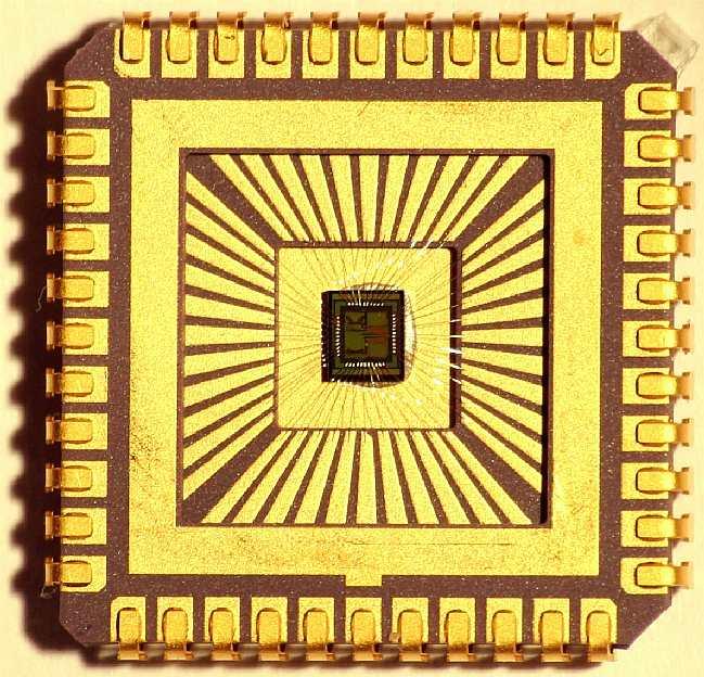 интегральная микросхема.